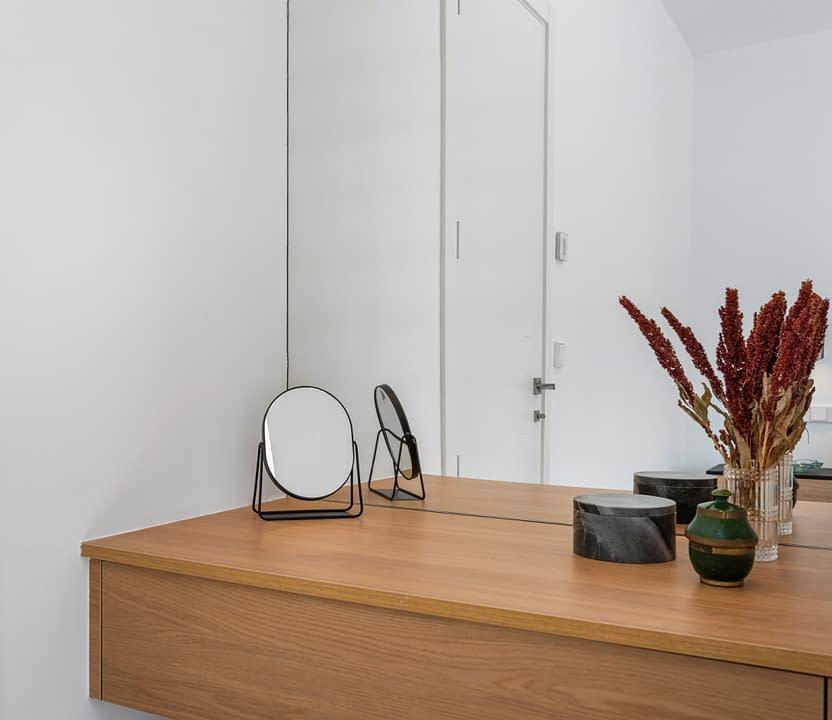 32-Venecia-III-First-Bedroom-suite-4