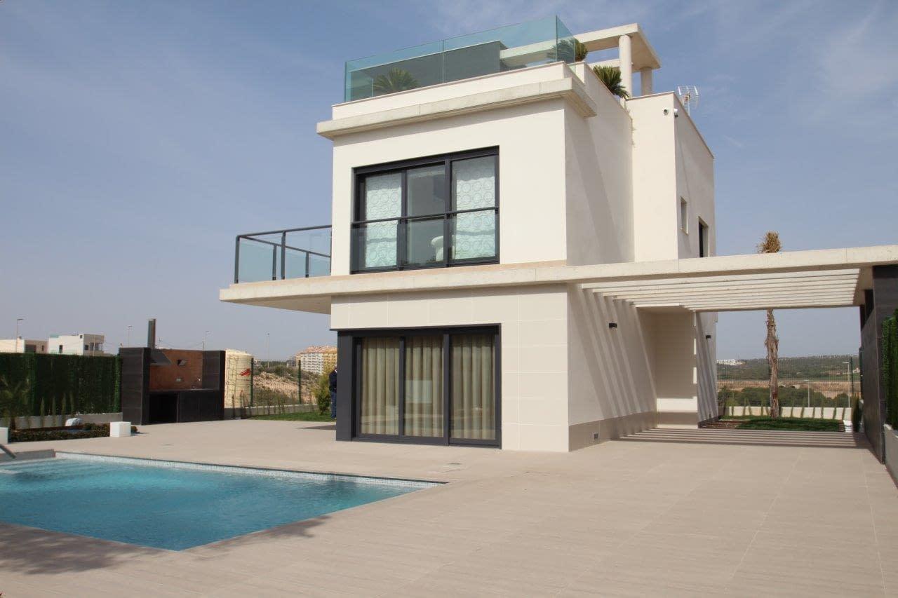 Luxuriöse Villa in Campoamor