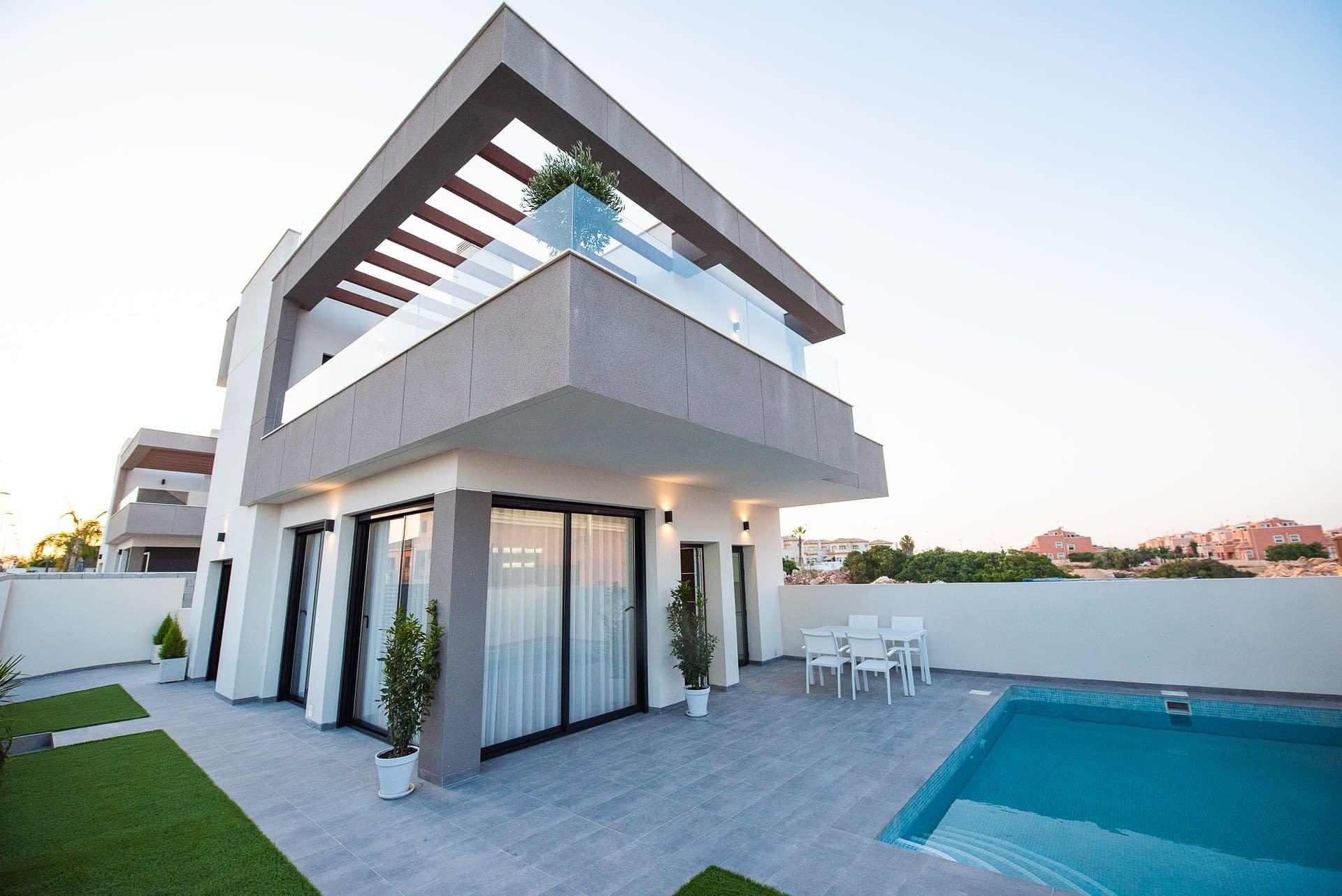 Moderne zweistöckige Villen in Los Montesinos