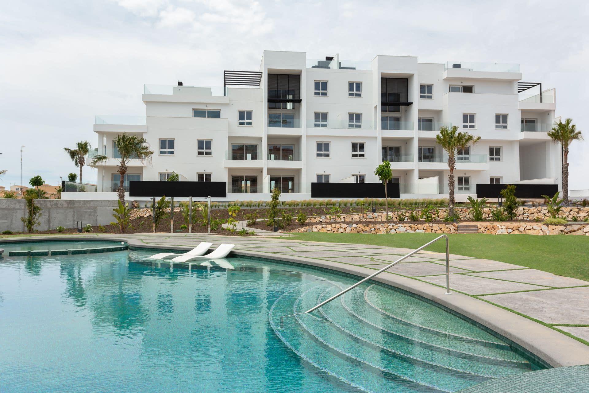 Wohnung in Punta Prima nur wenige Meter vom Meer entfernt.