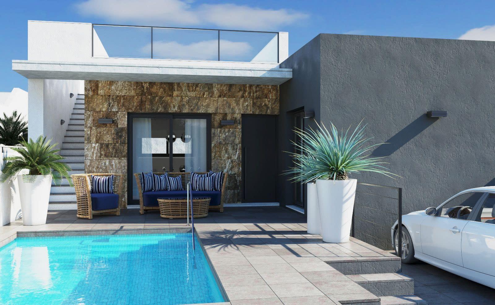 Doppelhaushälfte mit privatem Pool, 10 Minuten vom Strand entfernt