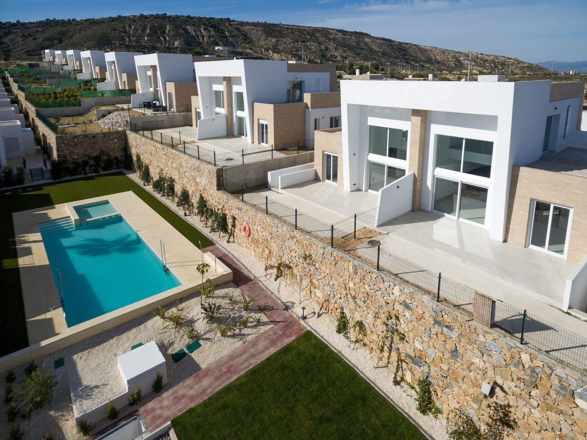 Doppelhaushälfte in La Finca Golf in Algorfa