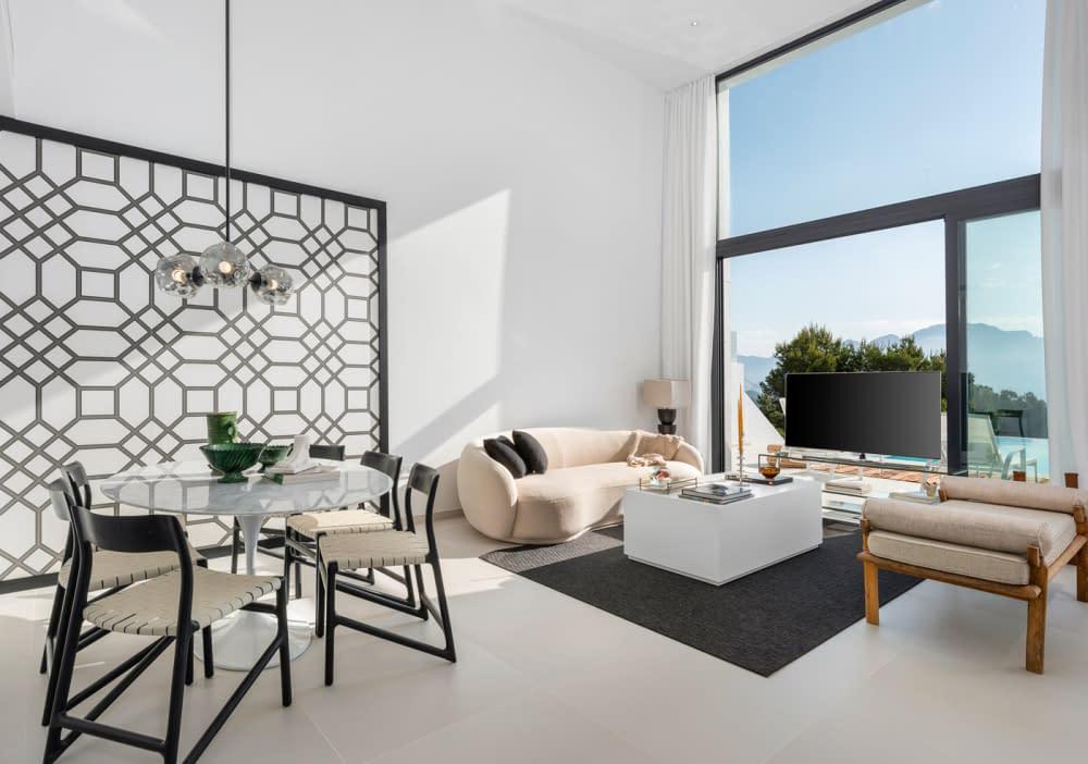 19-Venecia-III-Dining-and-living-room