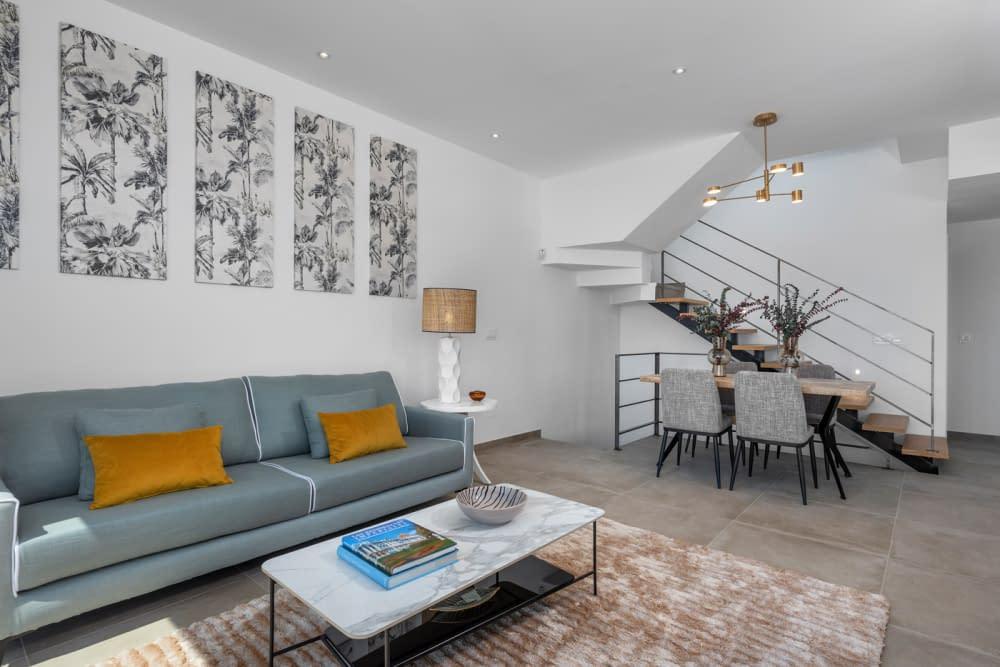 25-Paris-V-living-room-5