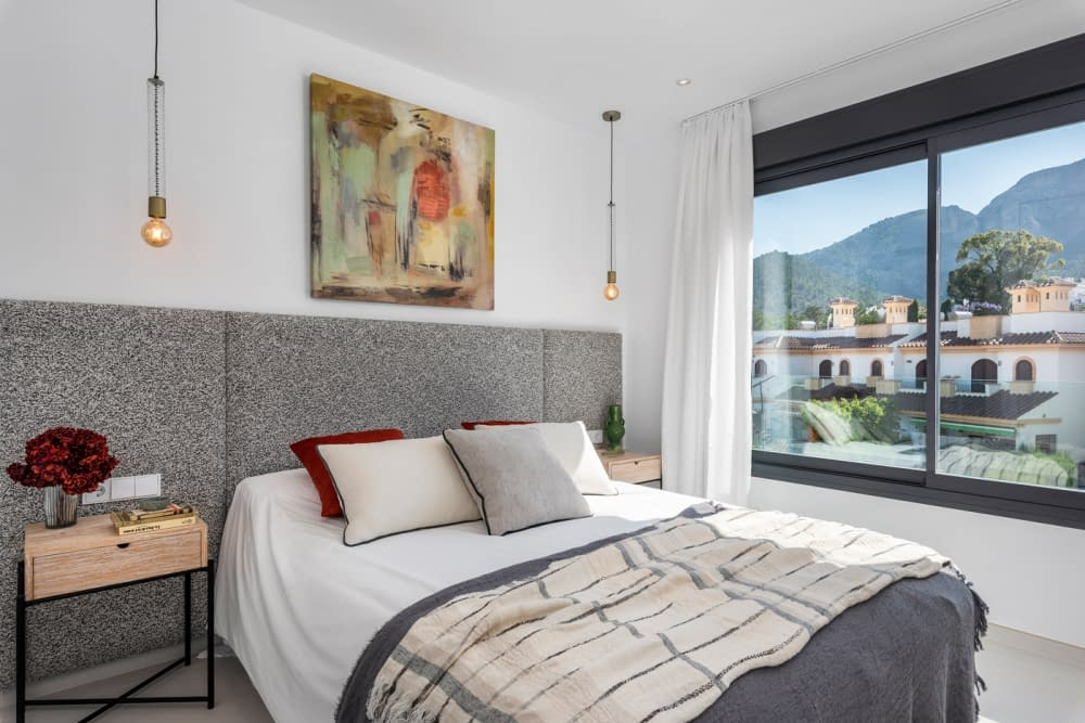 39-Venecia-III-2nd-Bedroom-suite-2