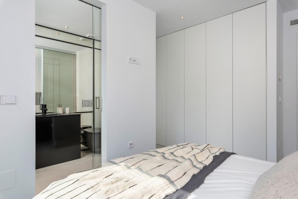 40-Venecia-III-2nd-Bedroom-suite-3