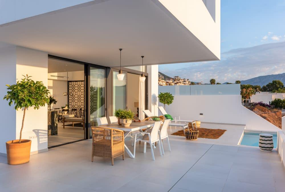 7-Venecia-III-Terrace-3